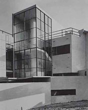 Connell Ward and Lucas arquitectos